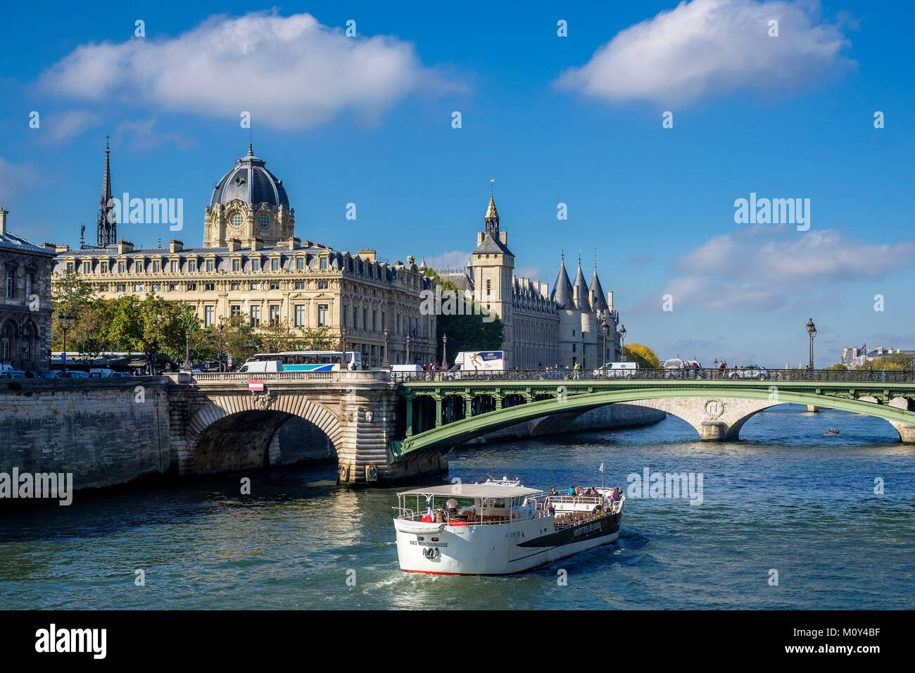 France,Paris,the banks of the Seine river listed as World Heritage by UNESCO,the Commercial Court and Conciergerie - Stock Image