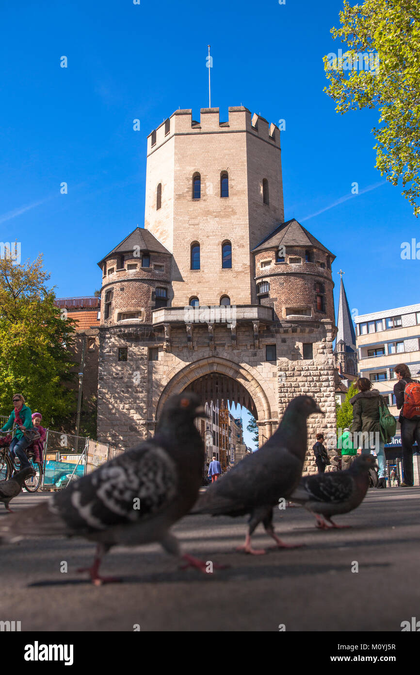 Germany, Cologne, the historic town gate Severinstorburg at the Chlodwig square in the south part of the town.  - Stock Image