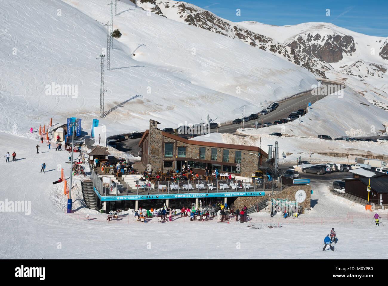 A view down towards a restaurant and bar named Costa Rodona on the mountain in Pas de las Casa, Grandvalaria ski Stock Photo
