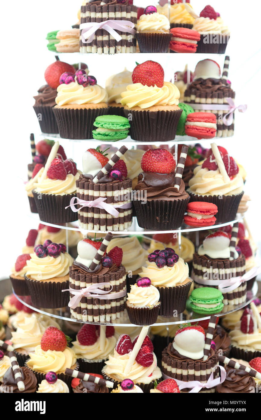 Sample of cup cakes/buns in café - Stock Image