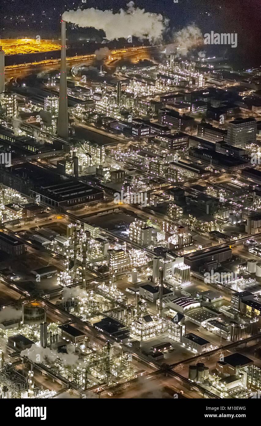 Luftbild, Chemiepark Marl ehemals Chemische Werke Hüls AG in Marl, Evonik Industries, Nachtaufnahmen, Industrieanlage, - Stock Image