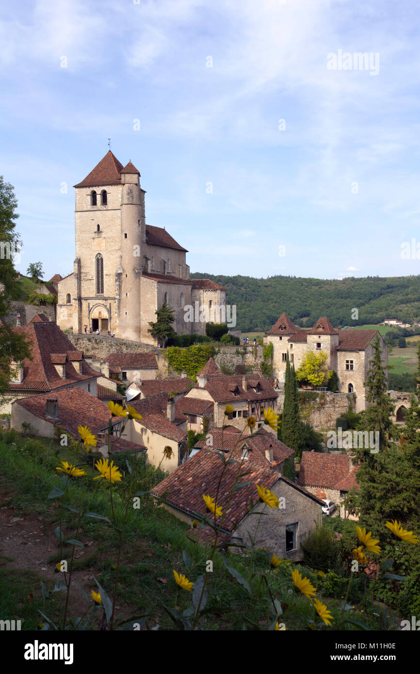 The historic clifftop village tourist attraction of St Cirq Lapopie, Lot, Midi Pyrenees,  France, Europe - Stock Image
