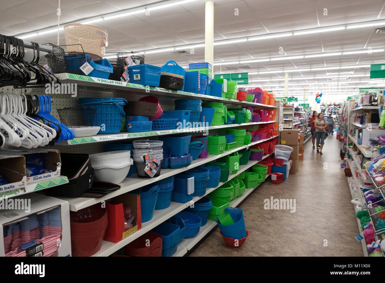 Plastic storage containers and closet products for sale in a Dollar