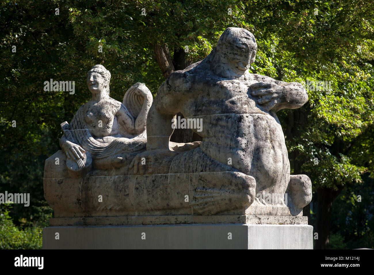 Germany, Cologne, statue at the Rautenstrauch canal at the Karl-Schwering square in the district Lindenthal.  Deutschland, - Stock Image