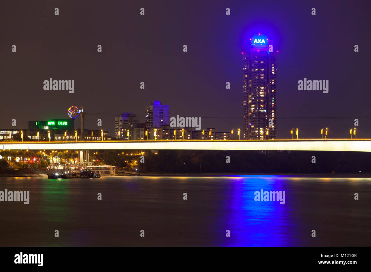 Germany, Cologne, the Zoo bridge across the river Rhine and the skyscraper Colonia-House.  Deutschland, Koeln, die Stock Photo