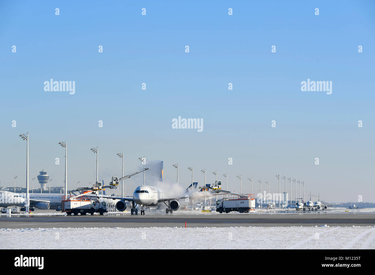 Aircraft de-icing,Lufthansa,Airbus A 321,Munich Airport,Upper Bavaria,Germany - Stock Image
