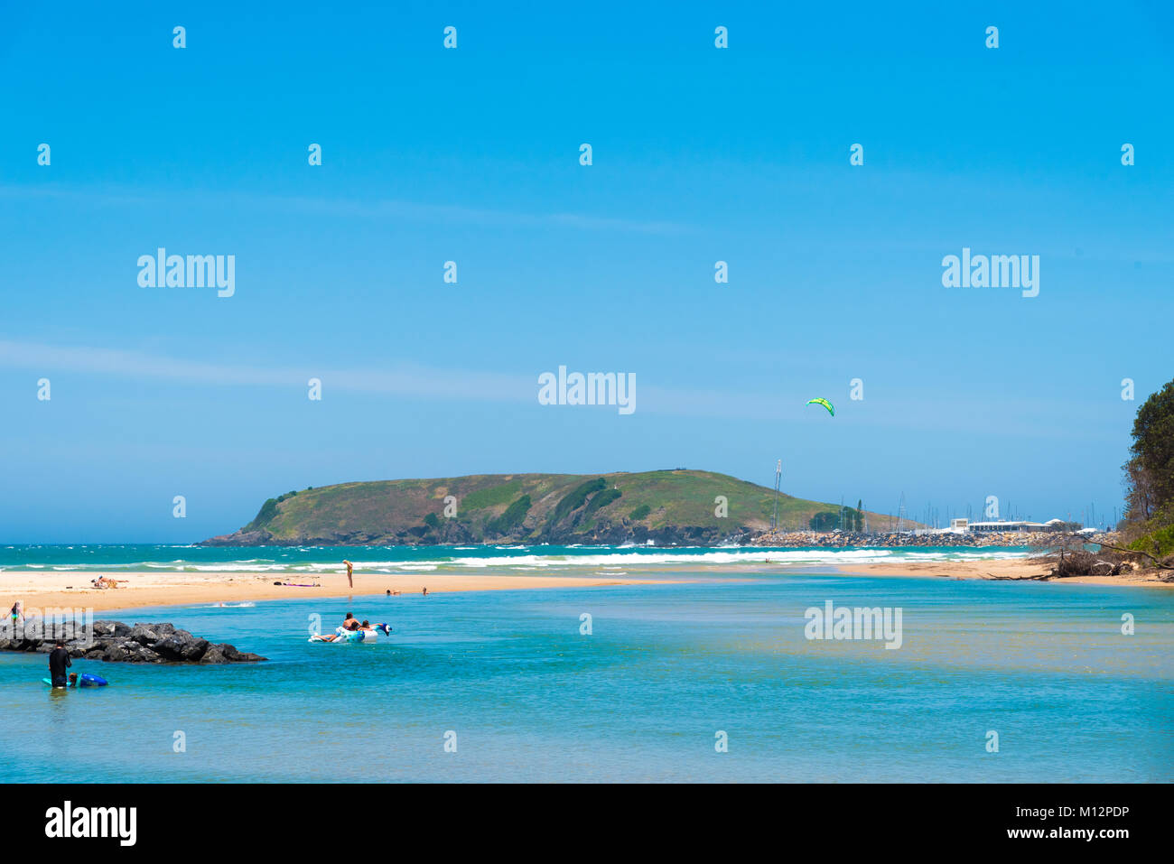 Sandy beach to coffs harbour bus
