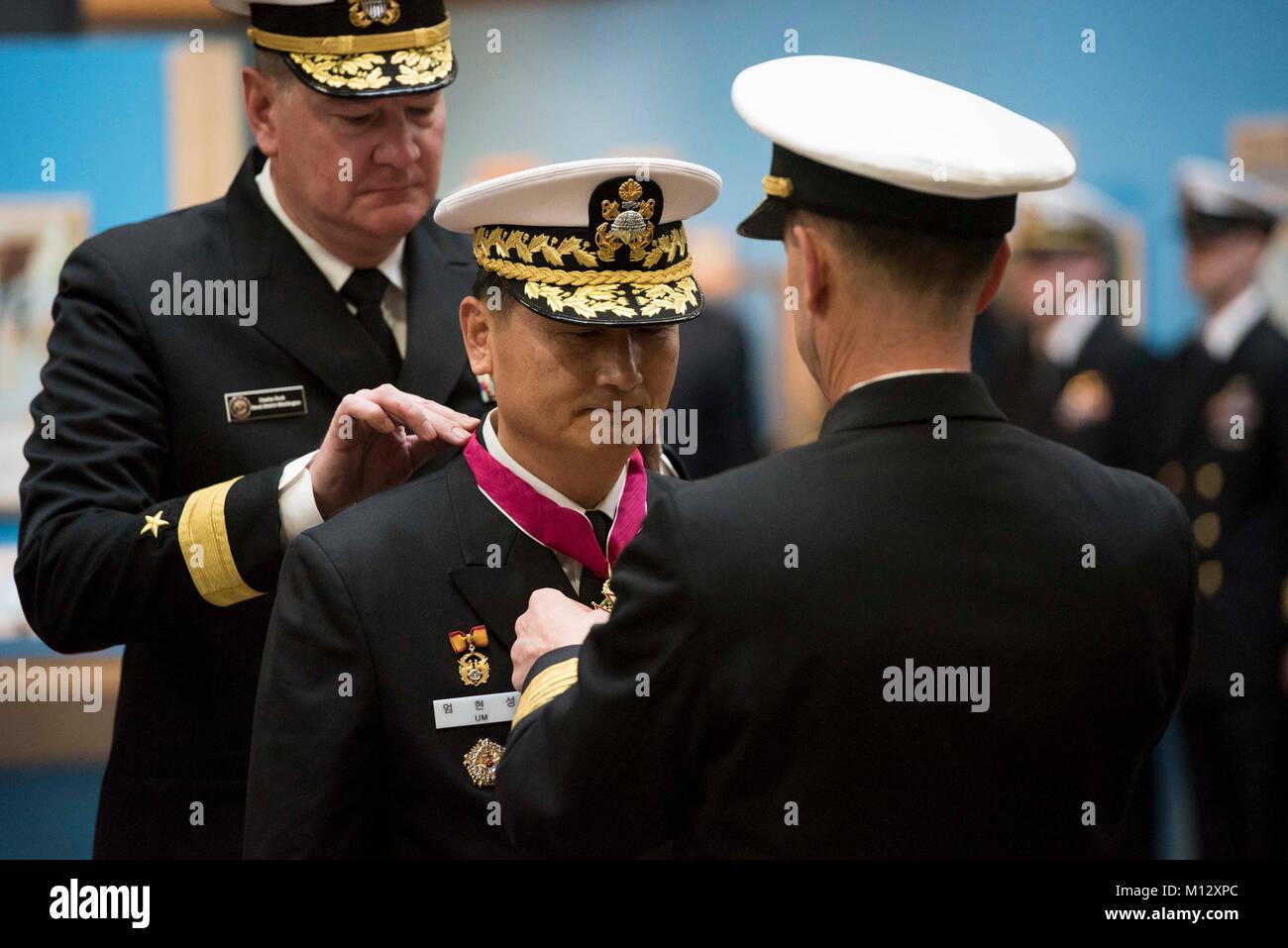 WASHINGTON, (Jan  22, 2018) Chief of Naval Operations Adm