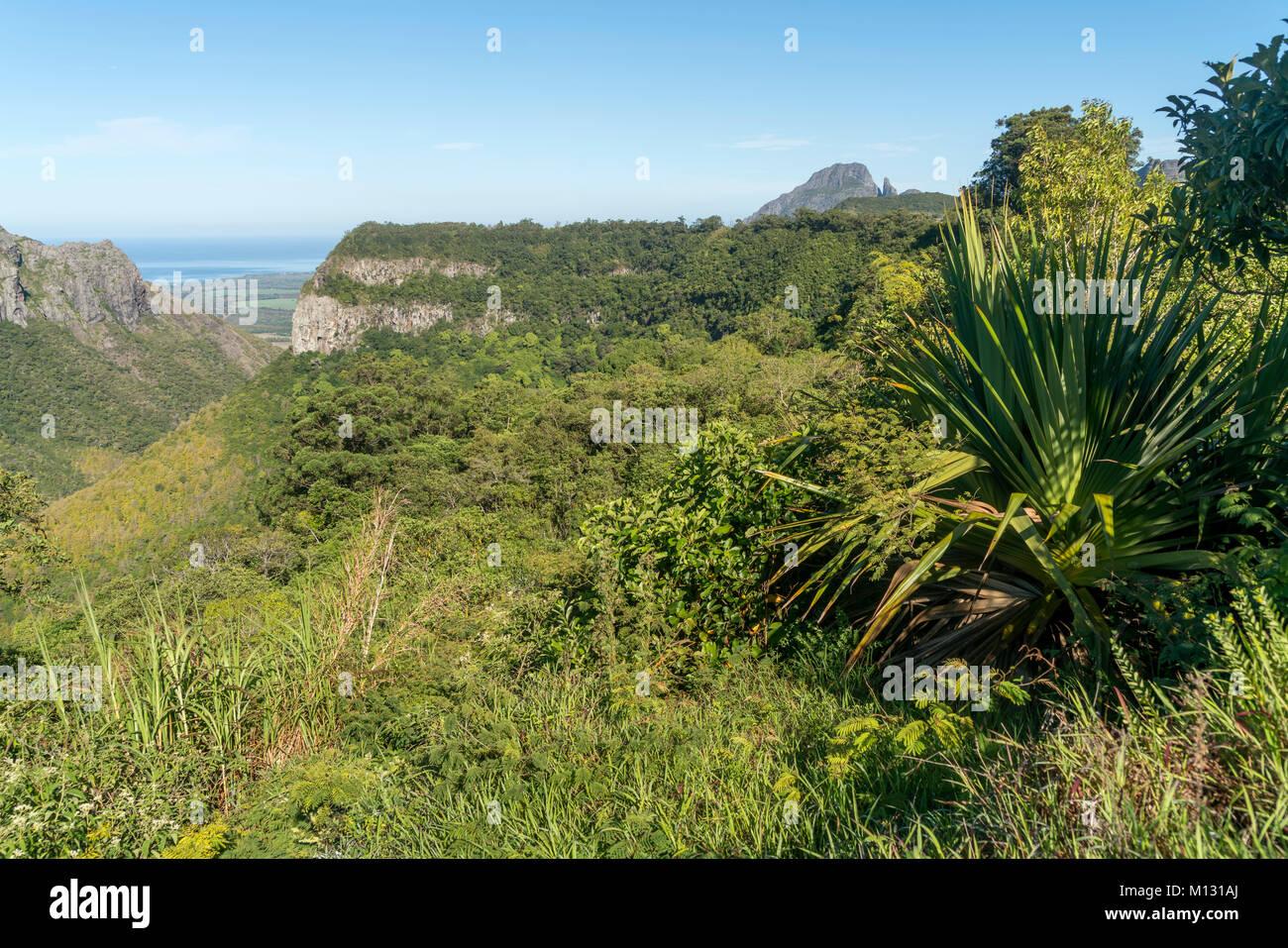 Gebirgslandschaft bei Henrietta, Mauritius, Afrika | Landscape at  Henrietta,  Mauritius, Africa - Stock Image