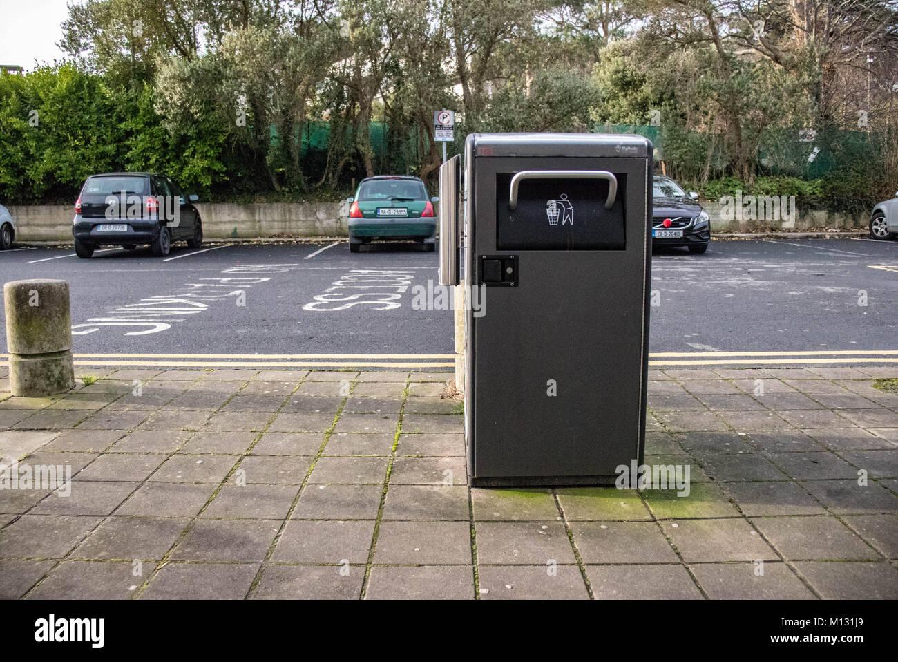 A Rubbish Bin in Dublin - Stock Image
