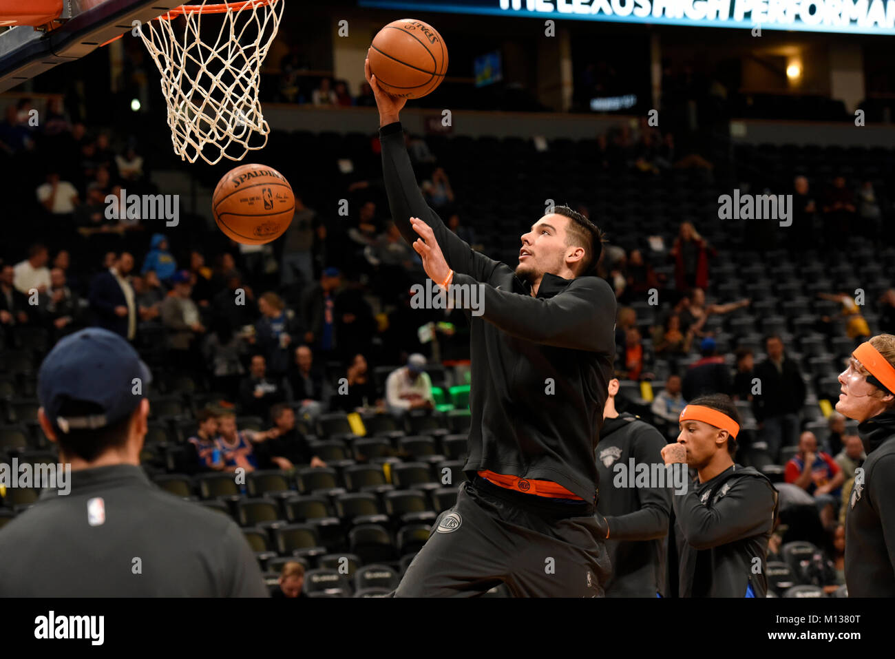 Denver, USA. 25th Jan, 2018. New York Knicks center Willy Hernangomez warms up prior to the game against the Denver Stock Photo