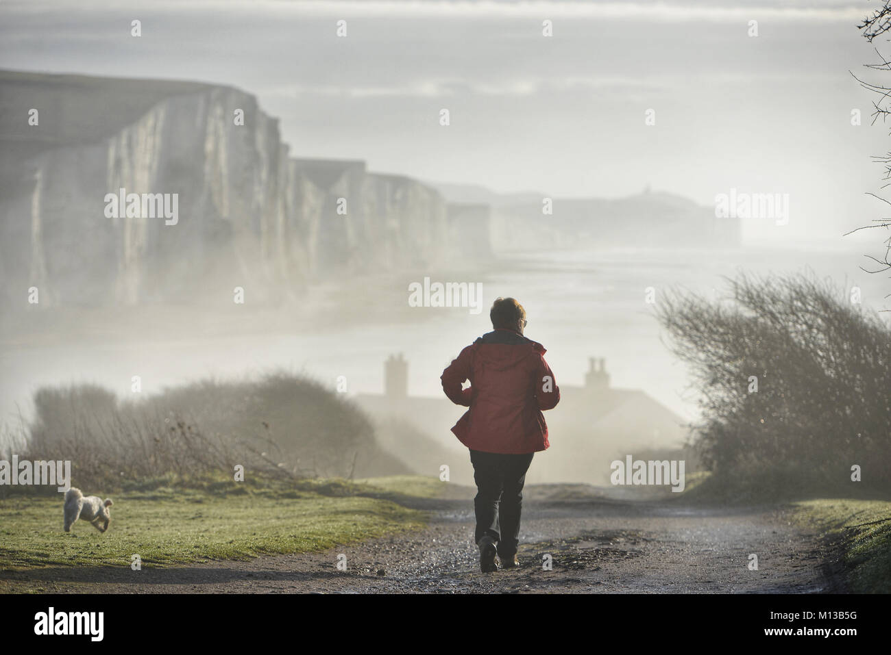 Seaford, East Sussex. 26th January 2018. Low lying mist settles in the Seven Sisters Country Park, East Sussex, - Stock Image