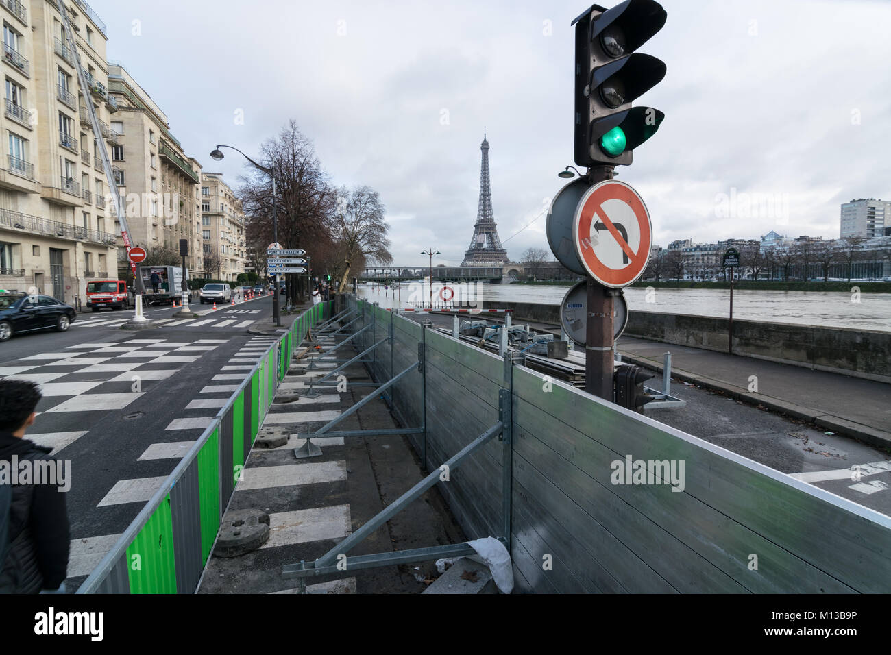 Paris, France. 26th January, 2018. Flood water rising in Paris, River Seine in flood Credit: RichFearon/Alamy Live - Stock Image