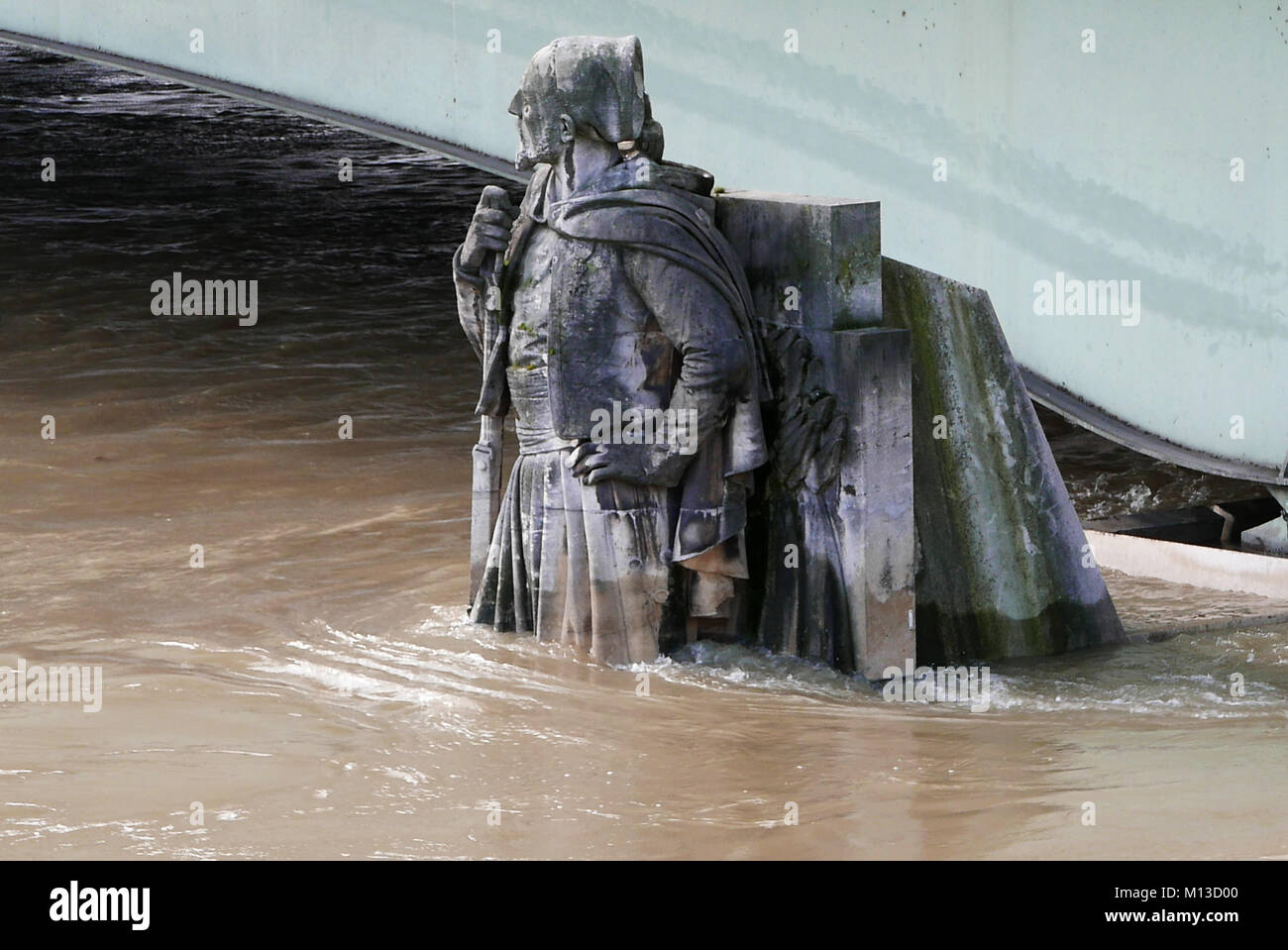 Paris, France. 25th January, 2018. Zouave du pont de l'Alma, flood of the Seine river, January 25, 2018, Paris, - Stock Image
