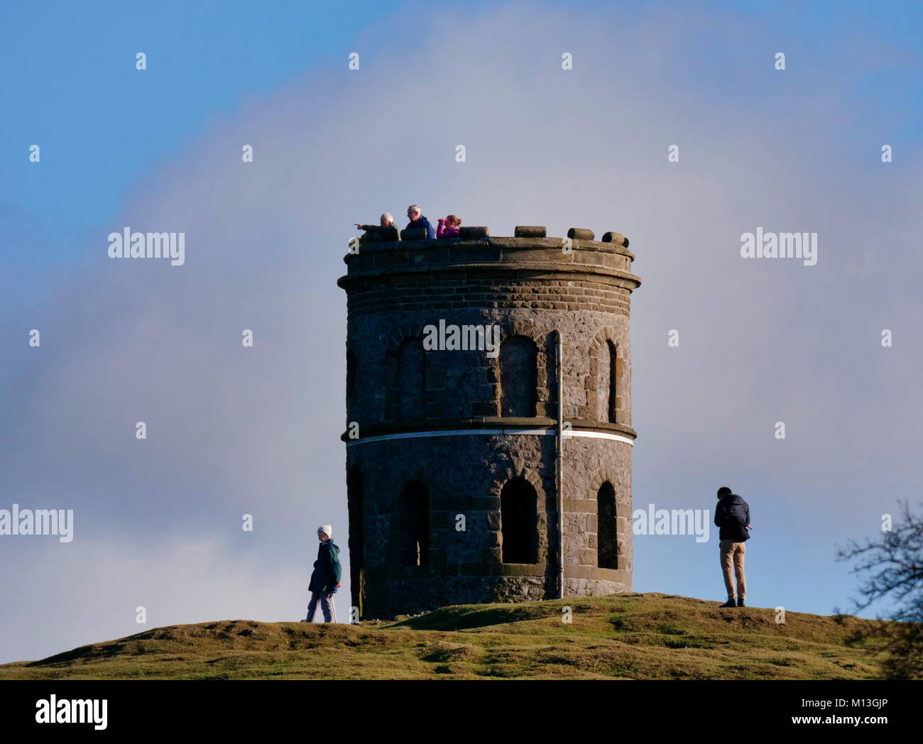 Solomon's Temple, Buxton. 26th Jan, 2018. UK Weather: walkers enjoying the view druing bright blue skys over - Stock Image