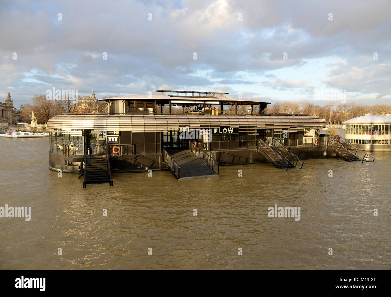 January 26th, 2018 - Paris  River Seine riches high level, the river can pick 6 meters this saturday, Paris authorities - Stock Image