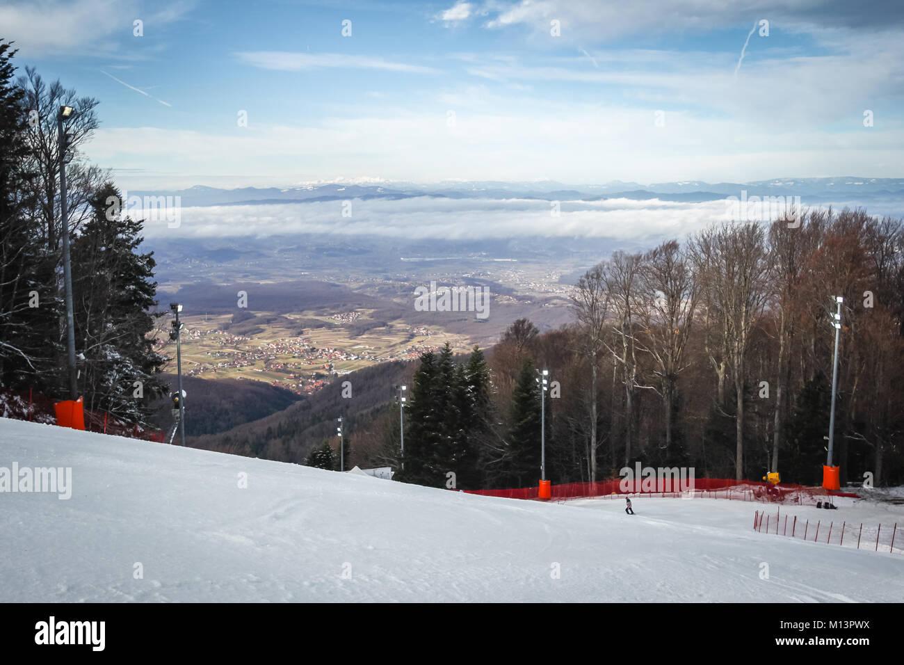 ZAGREB, CROATIA - JANUARY 3, 2018 : Ski run of the Audi FIS Alpine Ski World Cup Women's Slalom, Snow Queen - Stock Image
