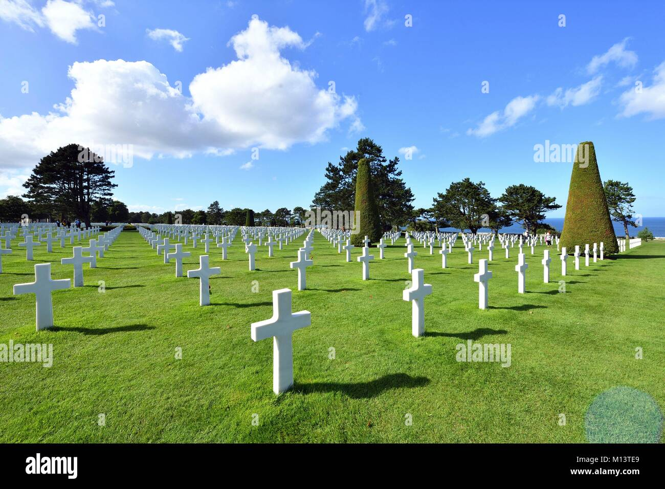France, Calvados, Omaha Beach, Colleville sur Mer, Normandy American cemetery, white marble crosses - Stock Image