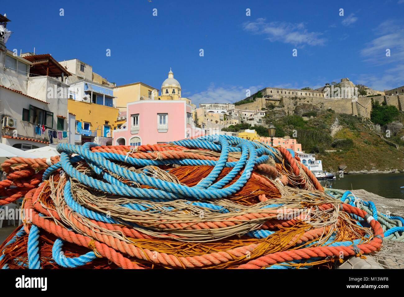 Italy, Campania, Gulf of Naples, Procida Island, Corricella small fishing harbour - Stock Image