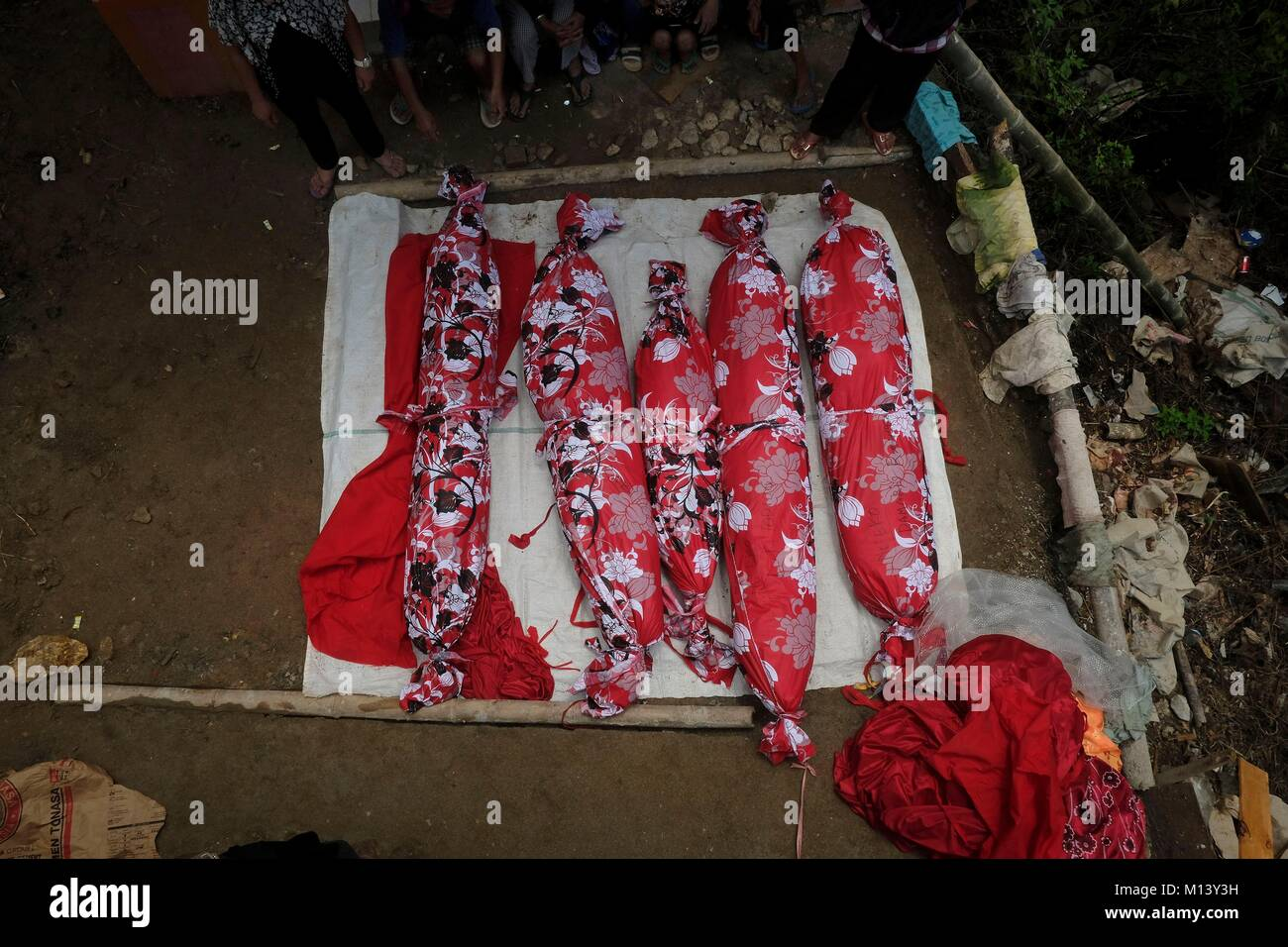 Indonesia, Sulawesi island, Toraja land, during the Ma'Nene ceremony, mummified bodies are cleaned, dried in the - Stock Image
