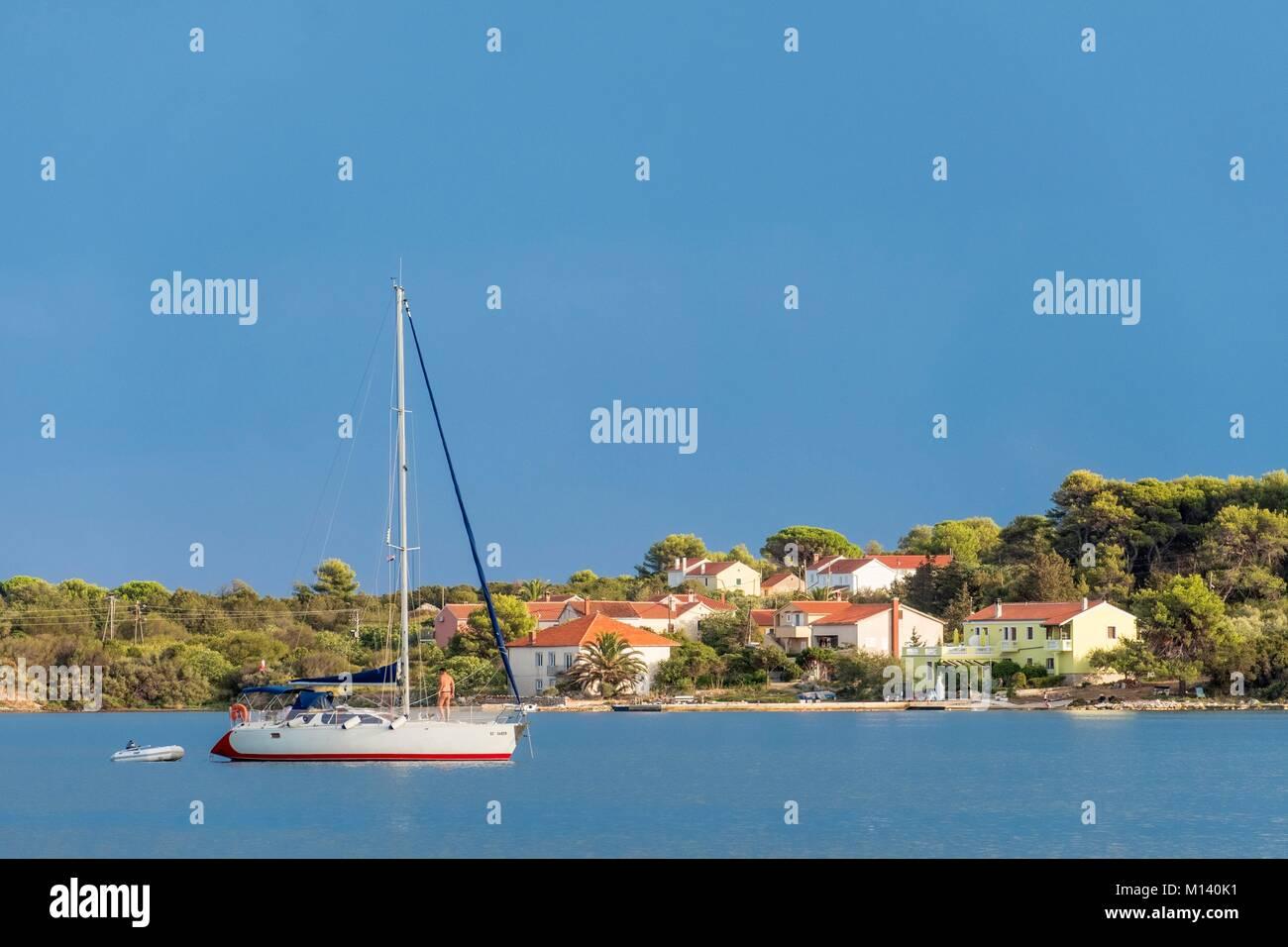 Croatia, North Dalmatia, Dalmatian coast, Zadar archipelago, Dugi Otok Island, Verunic Bay - Stock Image