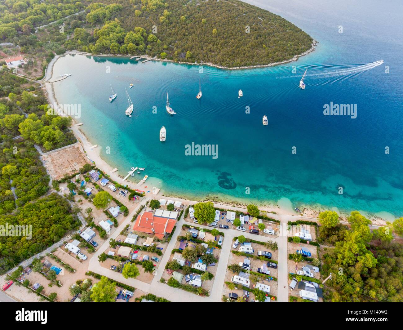 Croatia, North Dalmatia, Dalmatian coast, Zadar archipelago, Dugi Otok Island, camping Verunic (aerial view) - Stock Image