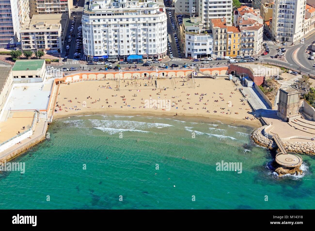 plage des catalans beach stock photos plage des catalans beach stock images alamy. Black Bedroom Furniture Sets. Home Design Ideas