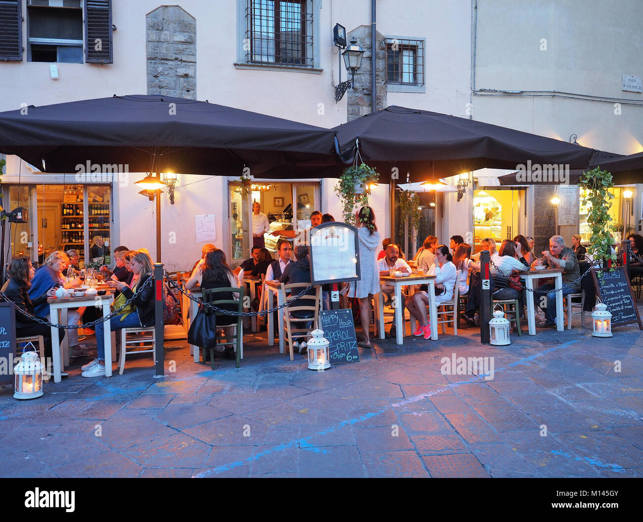 Europe,Italy,Tuscany,Florence,Restaurant,dining room,bar in old town centre - Stock Image