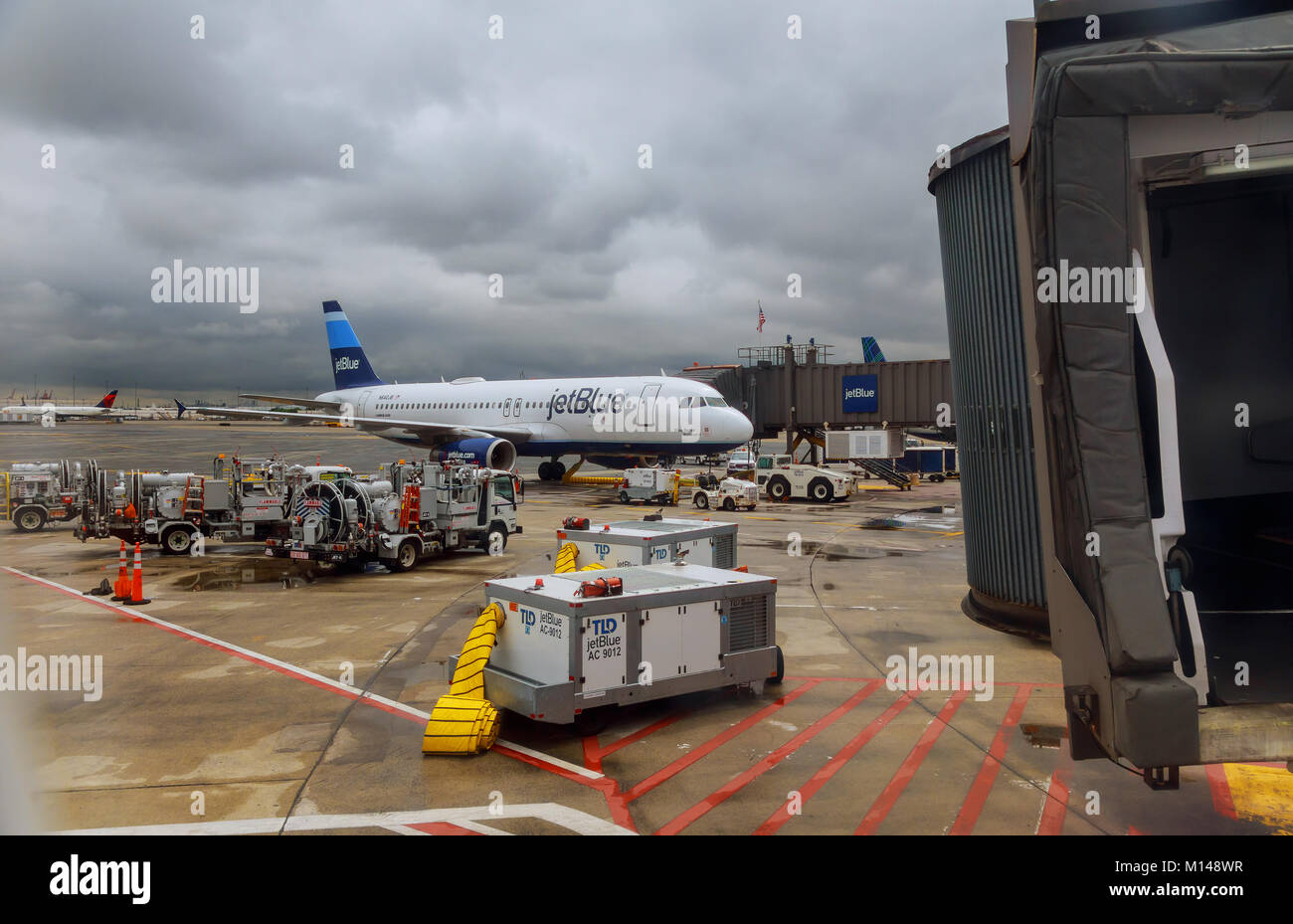 NEWARK, NJ - JUNE 07.17: Terminal A of Newark Liberty International Airport in New Jersey to aircraft of Continental - Stock Image