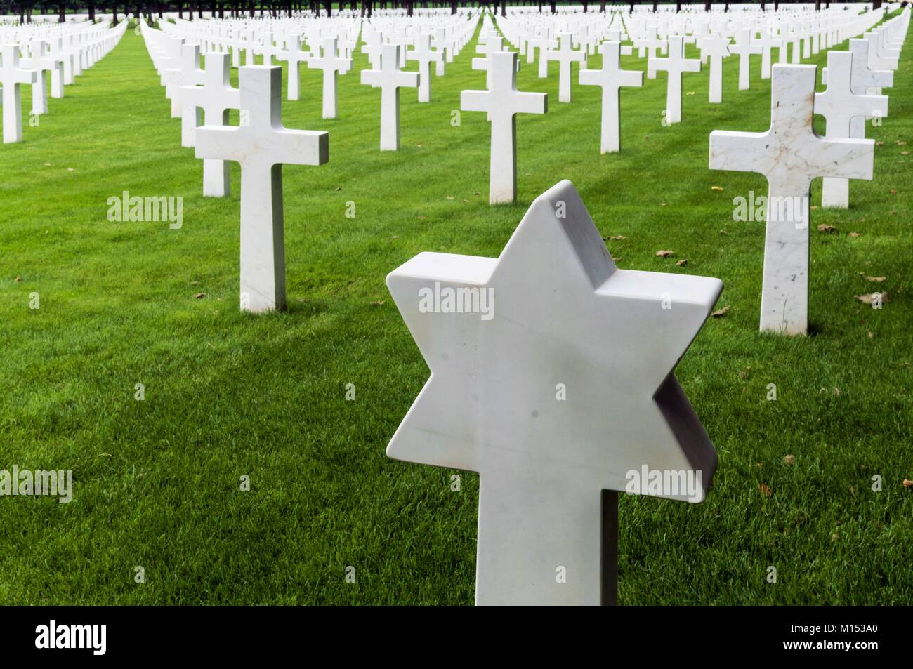 France, Meuse, amrican cemetary of Romagne sous Montfaucon, 12.446 graves, largest US miltary cemetary in Europe - Stock Image