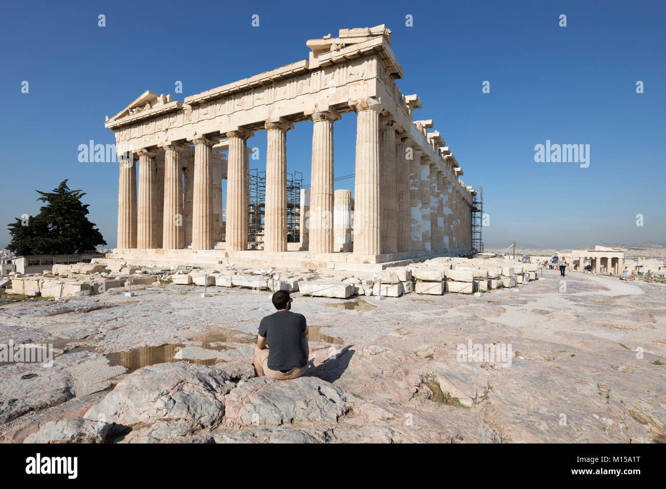The ancient Parthenon atop the Acropolis, Athens, Greece, Europe - Stock Image