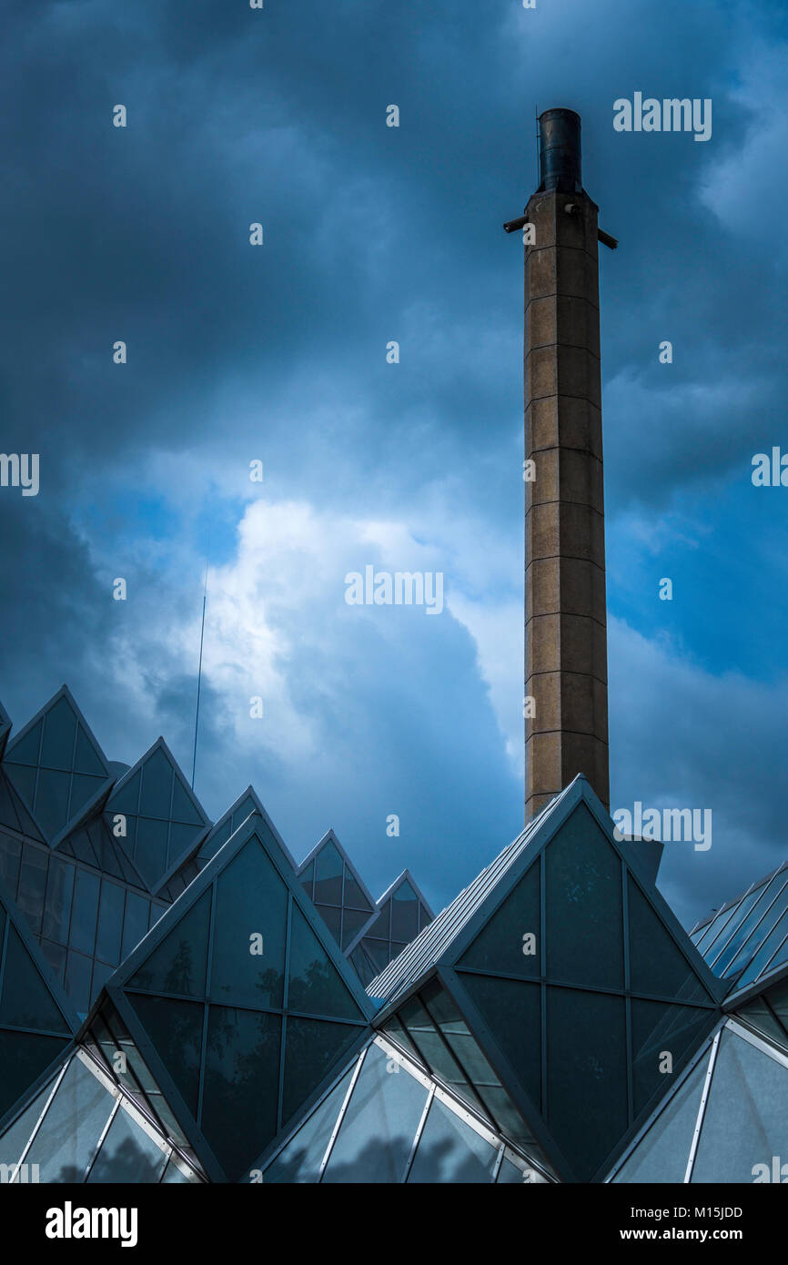 Roof of the Engineering building at Leicester University is widely regarded as one of the most architecturally important - Stock Image