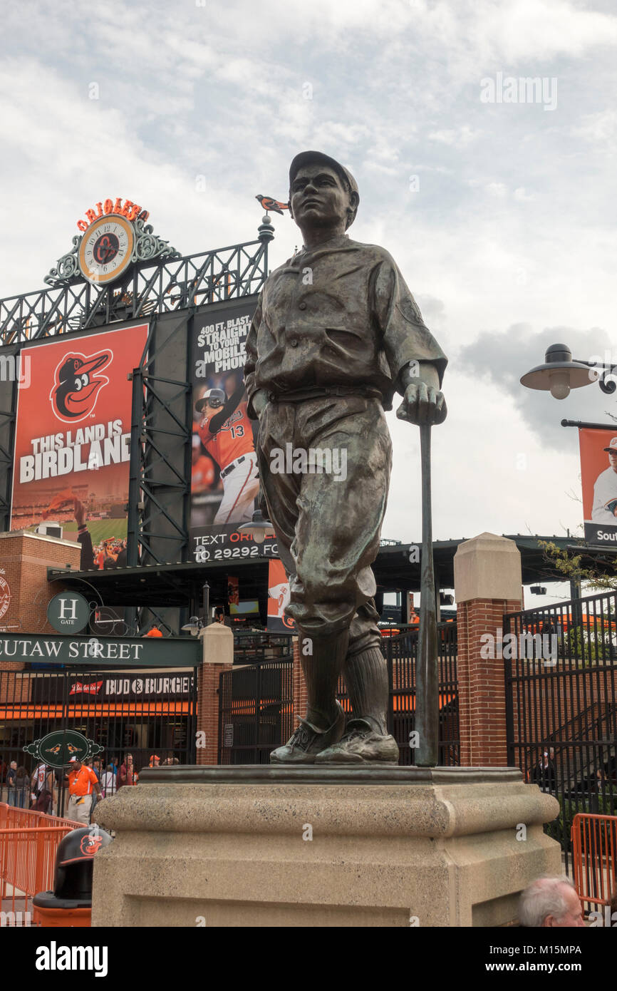 Hall of Famer sculpture of Bath Ruth at Oriole Park at Camden Yards, home to the Baltimore Orioles MLB team, Baltimore, Stock Photo