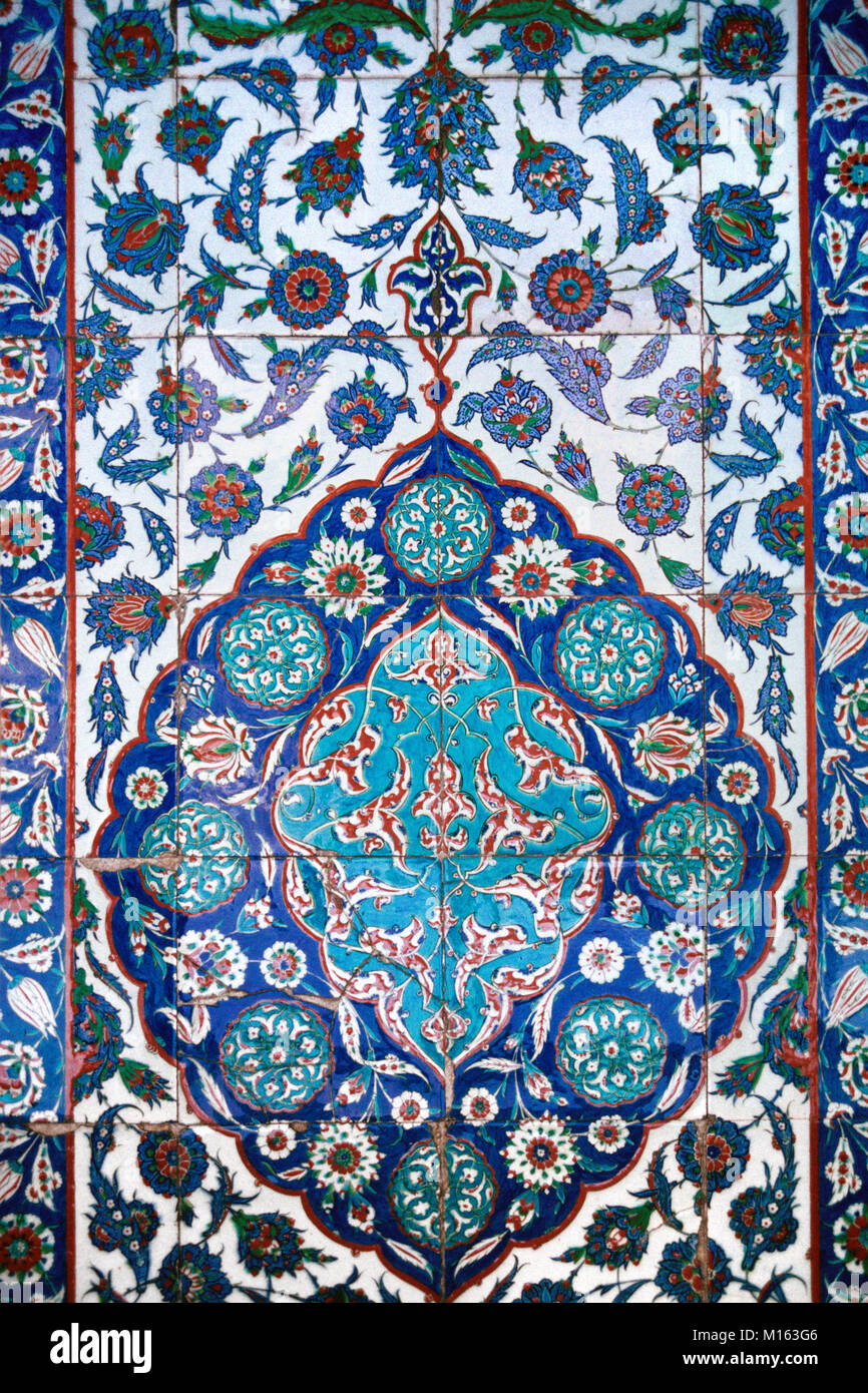 Floral Iznik Wall Tiles inside the Tomb or Mausoleum of Turkish Ottoman Sultan Suleiman the Magnicent, in the Grounds - Stock Image