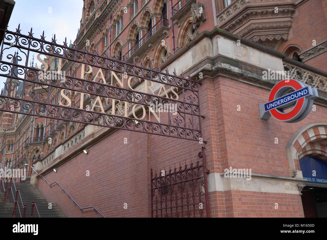 st pancras international railway station london - Stock Image