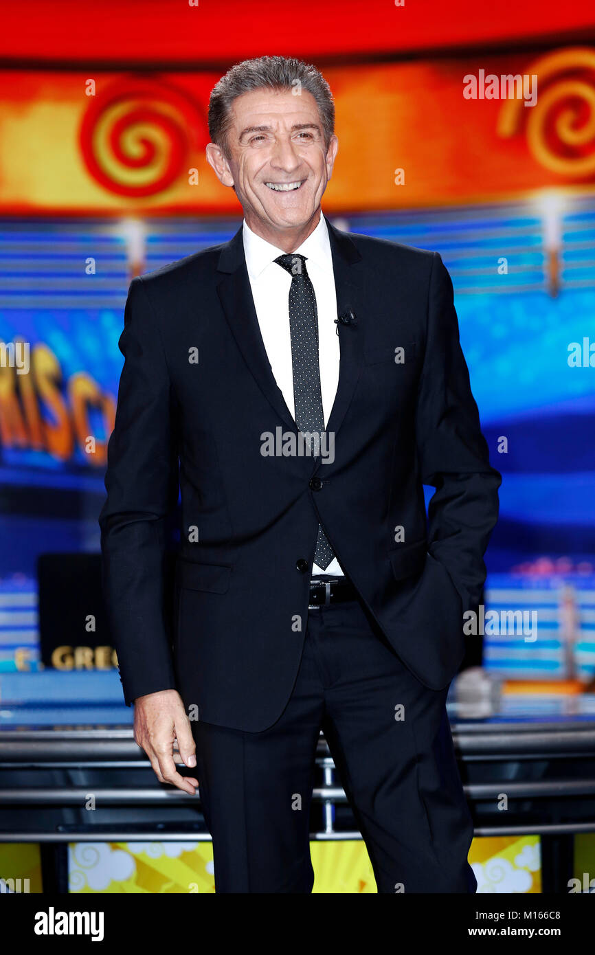 MILAN, ITALY, OCTOBER 10, 2016: Television anchor Ezio Greggio attends the photo-call of 'Striscia la Notizia' - Stock Image