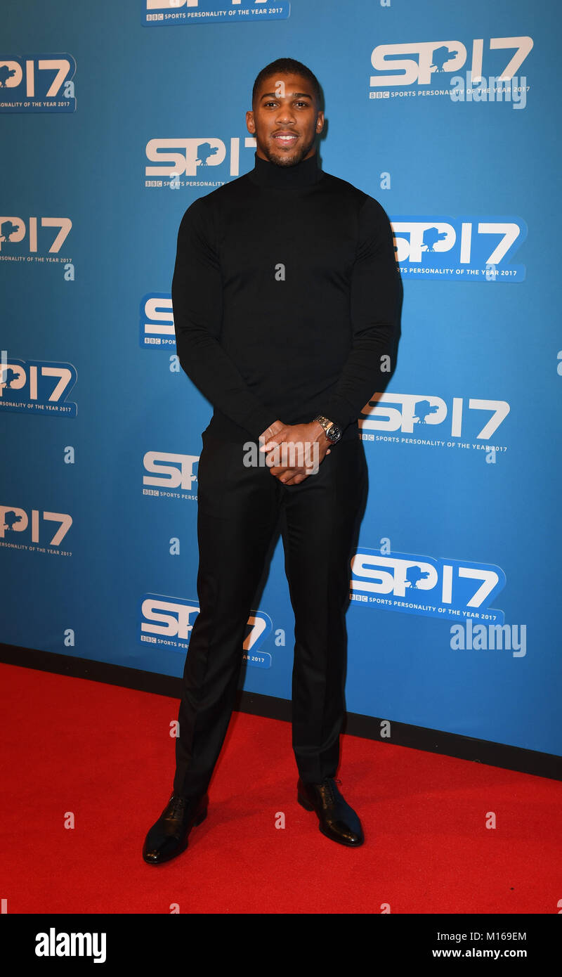 Antony Joshua arrives at the Echo Arena Liverpool for The BBC Sports Personality Of The Year 2017 - Stock Image