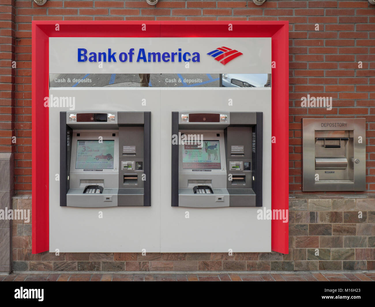 Bank Of America ATM Cashpoint Machines In A Brick Wall Gaslamp Quarter San Diego California United States Of America - Stock Image