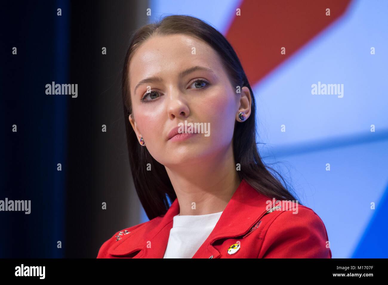 Yuliya Khlynina Nude Photos 98