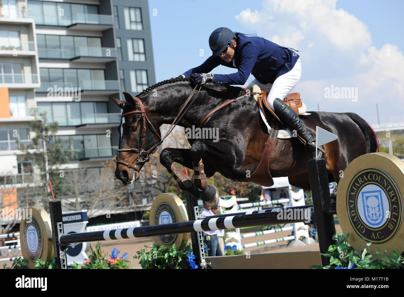 Guadalajara, Jalisco, Mexico. 27th January, 2018.CSI 4*, Longines World Cup, Manuel Senderos (MEX)  riding Lawitano. Stock Photo