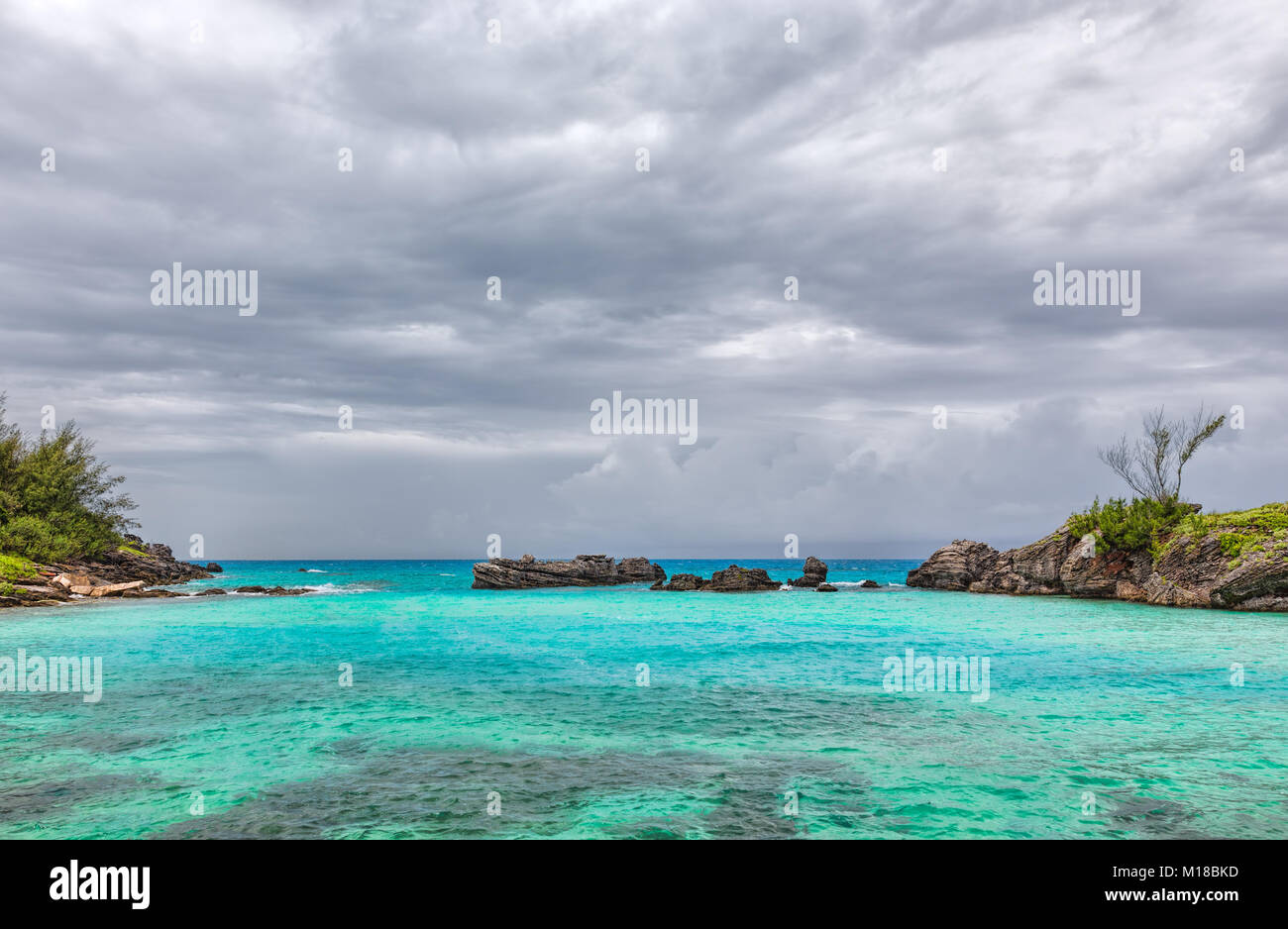 Storm Clouds over Tobacco Bay Beach in St. George's Bermuda - Stock Image