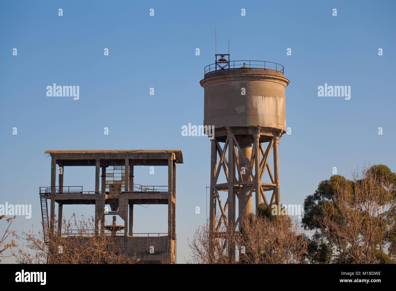 Cistern Tank Stock Photos & Cistern Tank Stock Images - Alamy