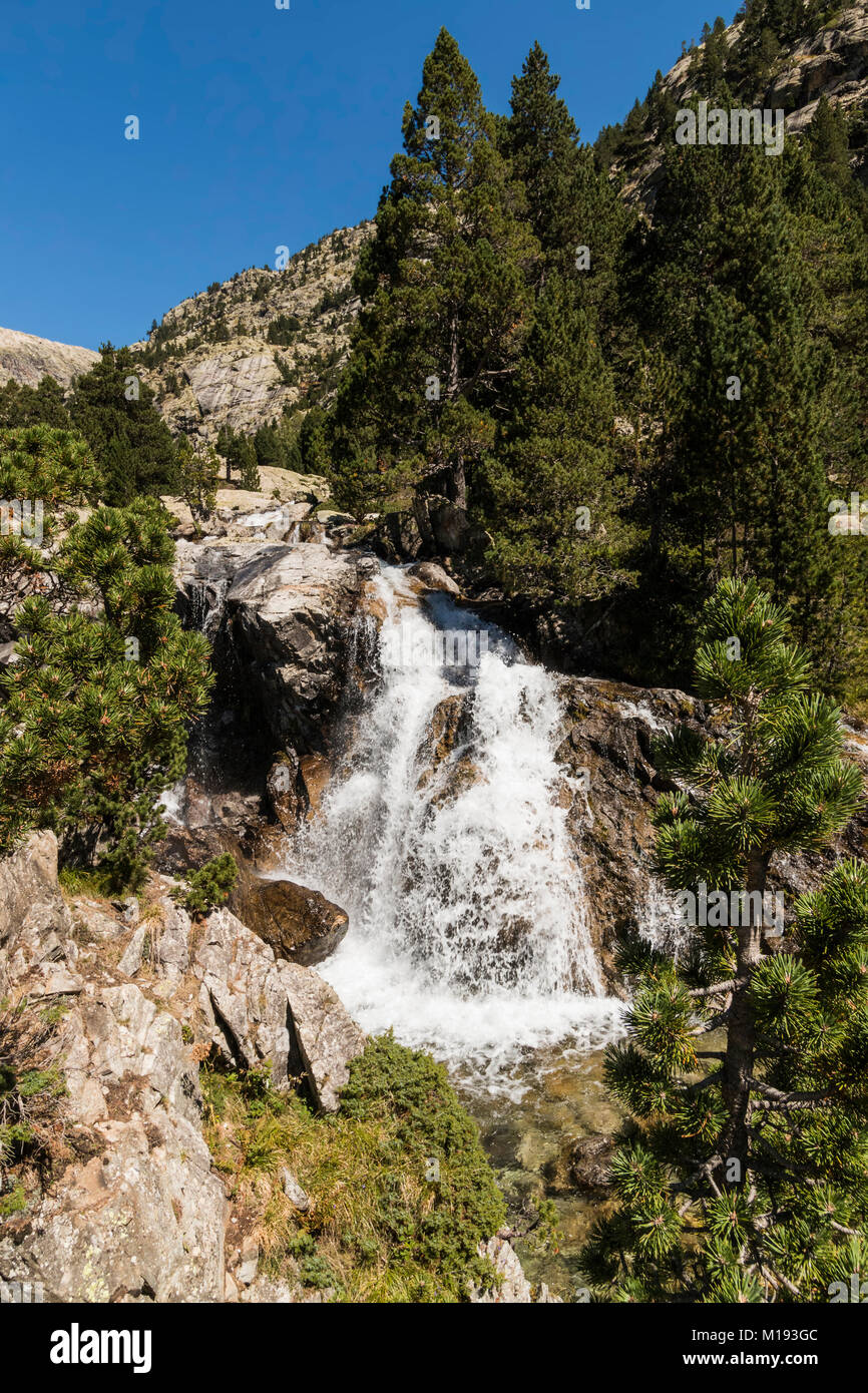 Waterfall below the Llano de Bozuelo meadows, by the Rio Caldares hiking trail from Banos de Panticosa. Panticosa, - Stock Image