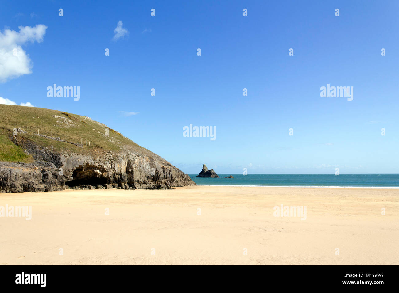 Idyllic Broad Haven South beach near Bosherston deserted in spring sunshine, Pembrokeshire, Wales, UK - Stock Image