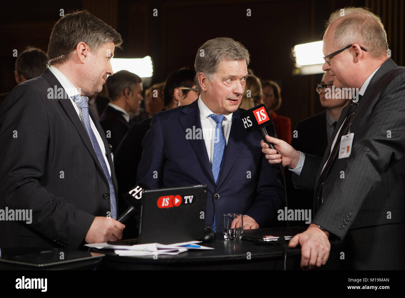 Helsinki, Finland. 28th Jan, 2018. Sauli Niinistö (center) gives short comment on the elections in the House - Stock Image