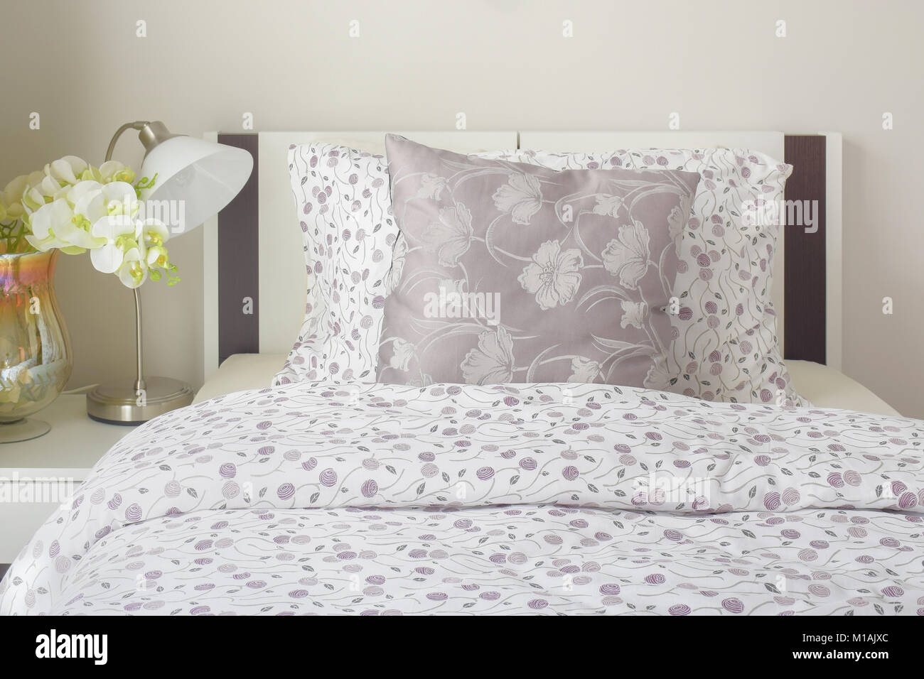 Tiny Lavender Pattern Style Bedding In Bedroom With White ...