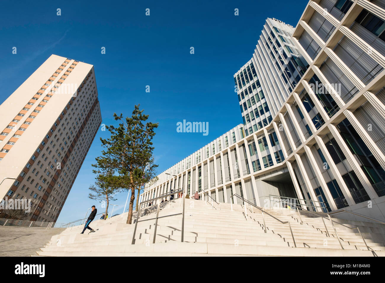View of exterior of new City of Glasgow College in central Glasgow , Scotland, United Kingdom - Stock Image