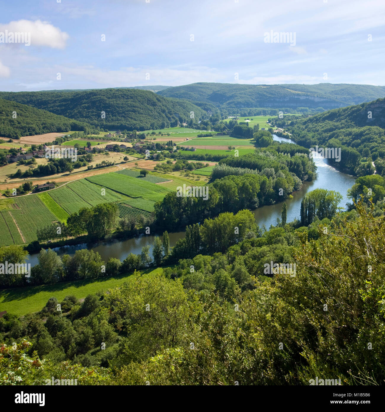 Europe, France, Quercy, view of the Lot Valley near St Martin Labouvel - Stock Image