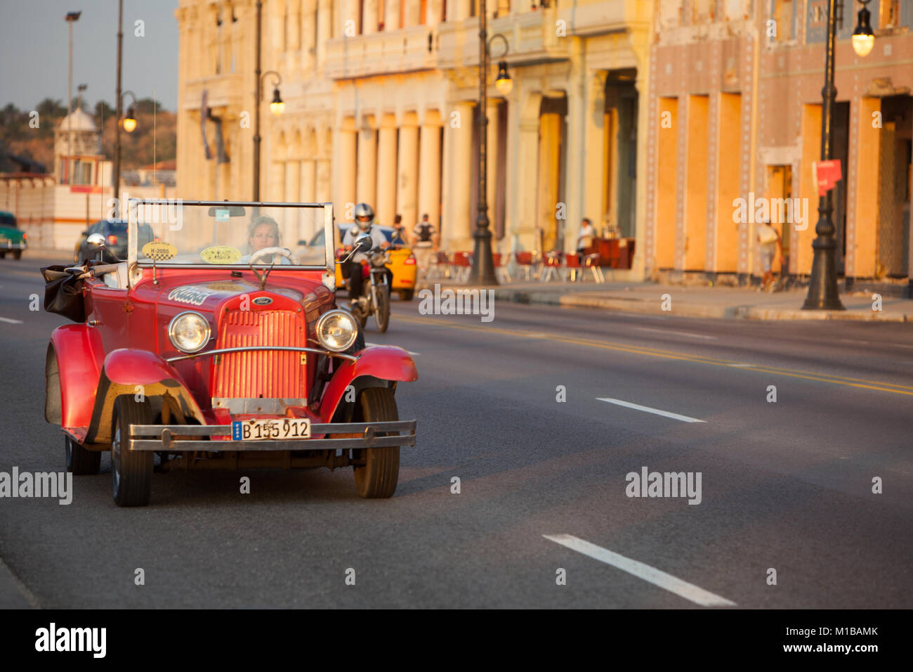 Old Car along Malecon - Stock Image