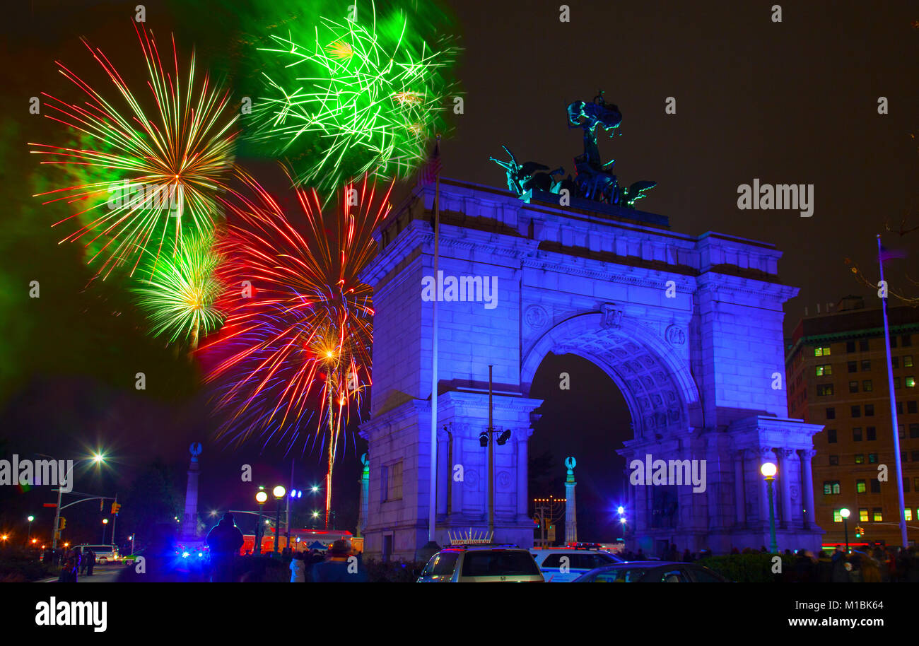 New years eve fireworks Grand Army Plaza Brooklyn NYC ...